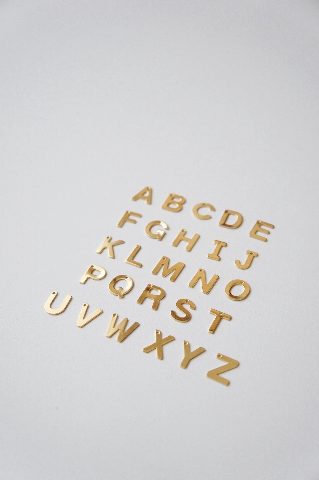 [Additional] Alphabet Gold Pendant