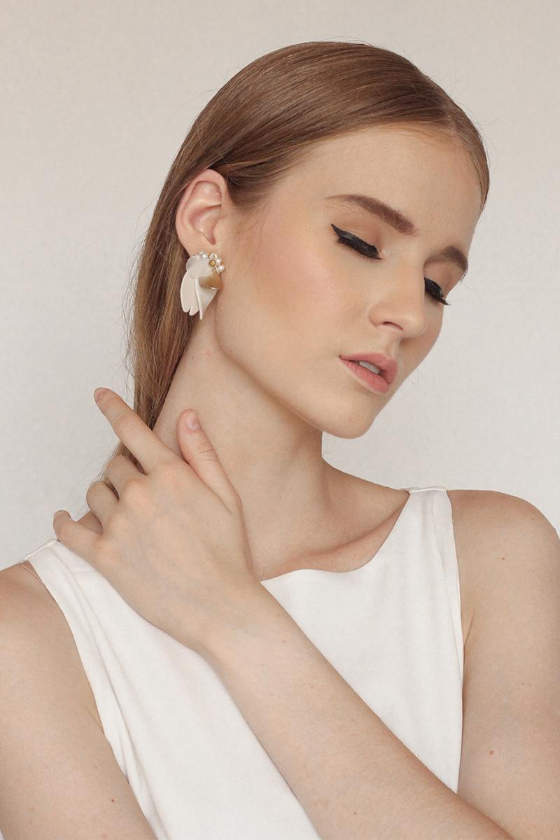 Rafael - Clip Earrings